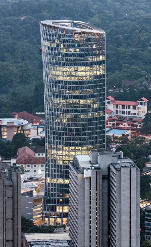 KKR Tower; Kuala Lumpur, Malaysia / GDP Architects. Image © Mathias Beinling