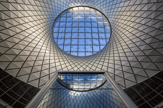 Winner in Transport Category. Fulton Center / Grimshaw / Arup / James Carpenter / HDR / Page Ayres Cowley in USA. Image Courtesy of WAF.