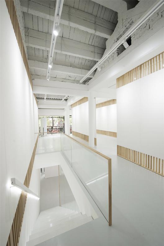 Folding Screen, Rongbaozhai Western Art Gallery