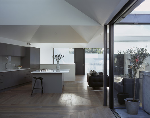 Vaulted House by VPPR Architects. Image Courtesy of RIBA