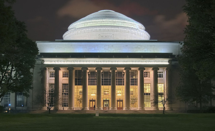 Massachusetts Institute of Technology (MIT). Image © Wikimedia user Fcb981 licensed under CC BY-SA 3.0