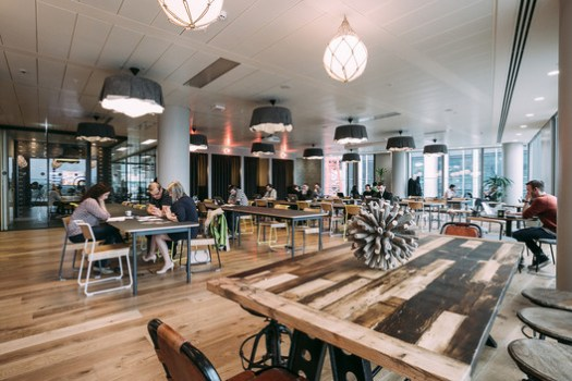 Common area in the WeWork space in London. Image © WeWork