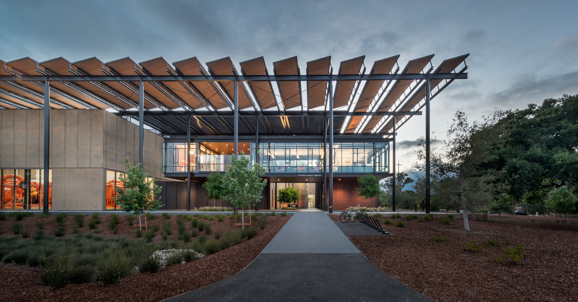 Stanford University Central Energy Facility  ZGF Architects | ArchDaily
