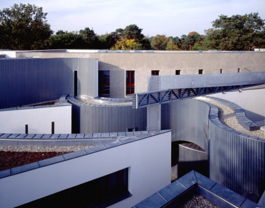 Heinz-Galinski School Berlin, Germany, 1995. Image © Michael Krüger