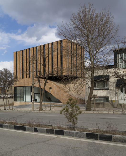 Cortesía de Farshad Mehdizadeh Architects + Ahmad Bathaei
