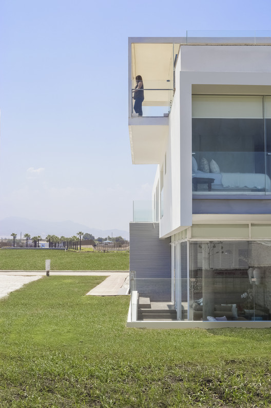 Jolla_-_Maruja015 3 Families - 3 Cubes / Chetecortes Architecture