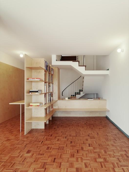 BdR_033_Foto_04%C2%A9domalomenos Apartment on Aveiro Street / Branco-delRio Arquitectos Architecture