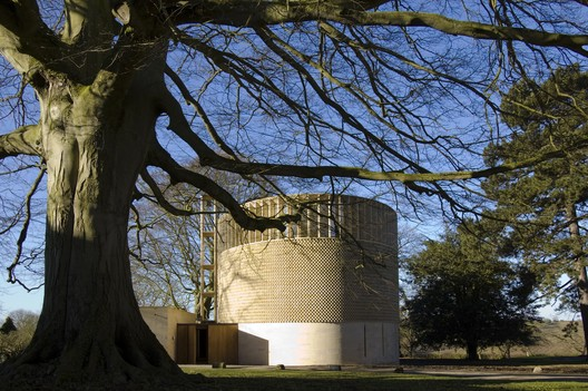 Bishop Edward King Chapel / Niall McLaughlin Architects. Image © Niall McLaughlin Architects