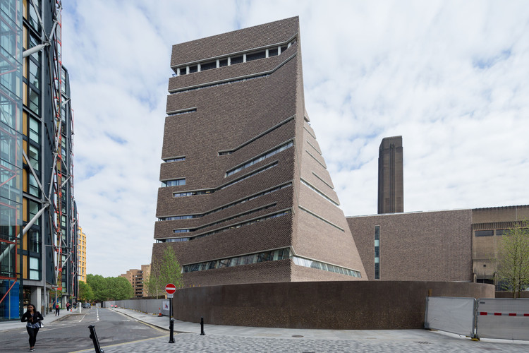 Best New Museum, Europe: Tate Modern Switch House extension, London / Herzog & de Meuron. Image © Iwan Baan