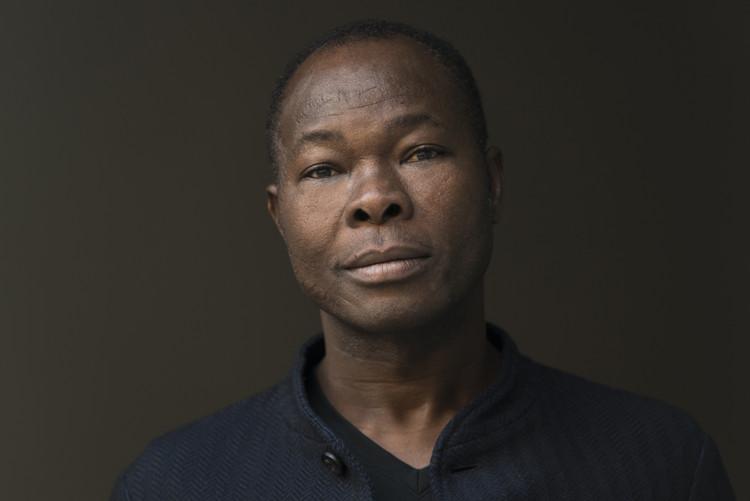 Francis Kéré. Image © Erik Jan Ouwerkerk