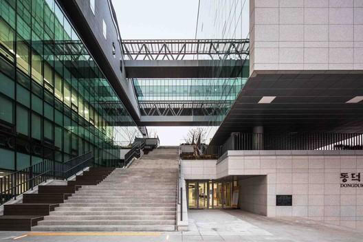 Dongduk Women's University Centennial Memorial Hall / HYUNDAI ...