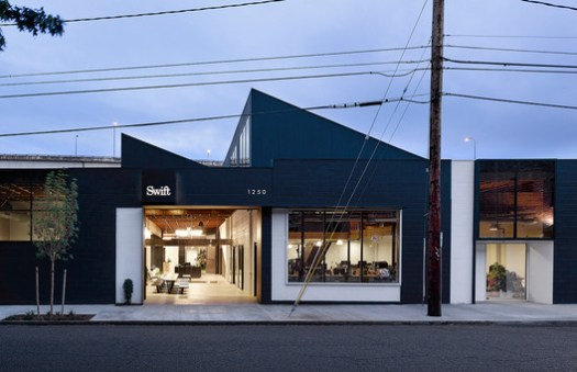 SWIFT AGENCY; Portland, Oregon / Beebe Skidmore Architects. Image Courtesy of The American Architecture Awards