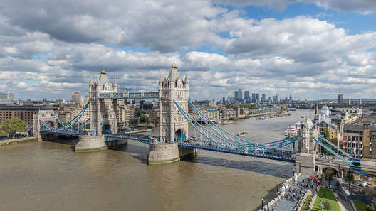 The original Tower Bridge in London © User: Colin / Wikimedia Commons / CC BY-SA-4.0