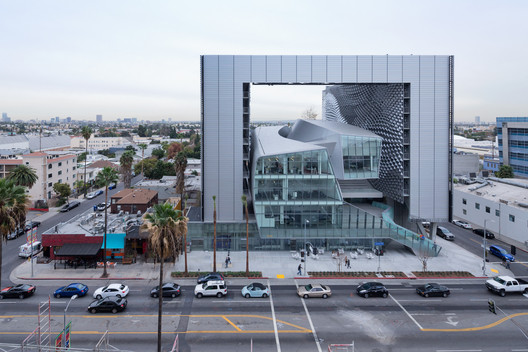 Emerson College Los Angeles, 2014. Image © Iwan Baan
