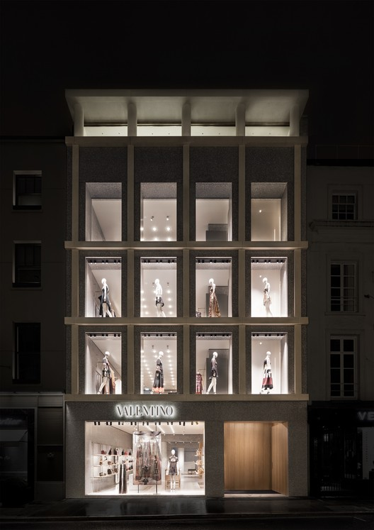 © Santi Caleca. ImageValentino London / David Chipperfield