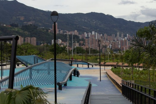 Medellín River Parks / Latitud Taller de Arquitectura y Ciudad. Image © Antonio Maggiolo