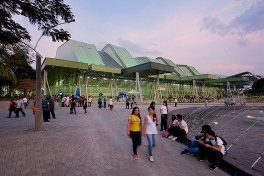 Sport Centre/ Giancarlo Mazzanti + Plan:b arquitectos. Image © Iwan Baan