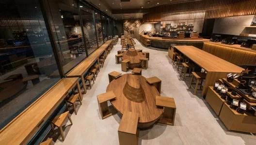"The Sanjo Karasuma Starbucks in Kyoto was renovated and re-opened in September 2016. The latest coffee flavors are presented within an aesthetic incorporating the concept of ""beauty in simplicity"" espoused by tea master Enshu Kobori. Image Courtesy of Starbucks Japan"