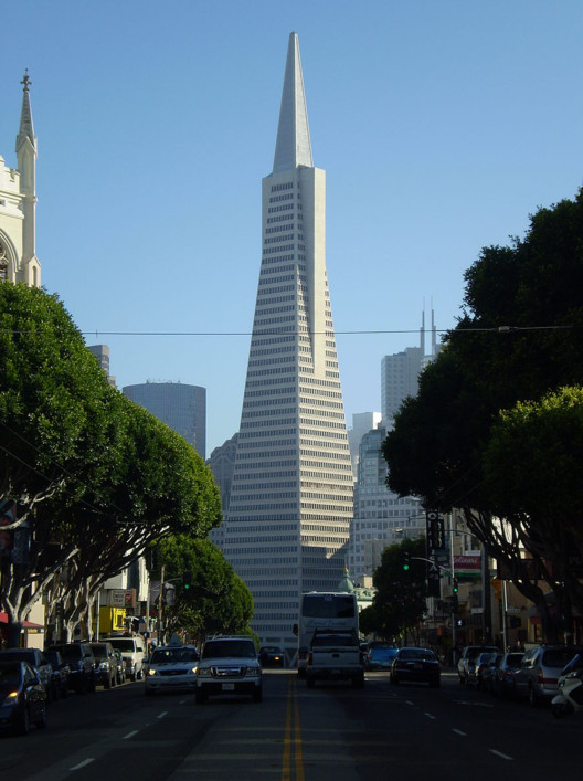 © <a href='https://commons.wikimedia.org/wiki/File:Transamerica_Pyramid_2.JPG'>Wikimedia user Superchilum</a> licensed under <a href='https://creativecommons.org/licenses/by-sa/3.0/deed.en'>CC BY-SA 3.0</a>