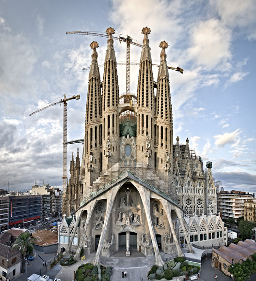 © Templo Expiatorio de la Sagrada Familia