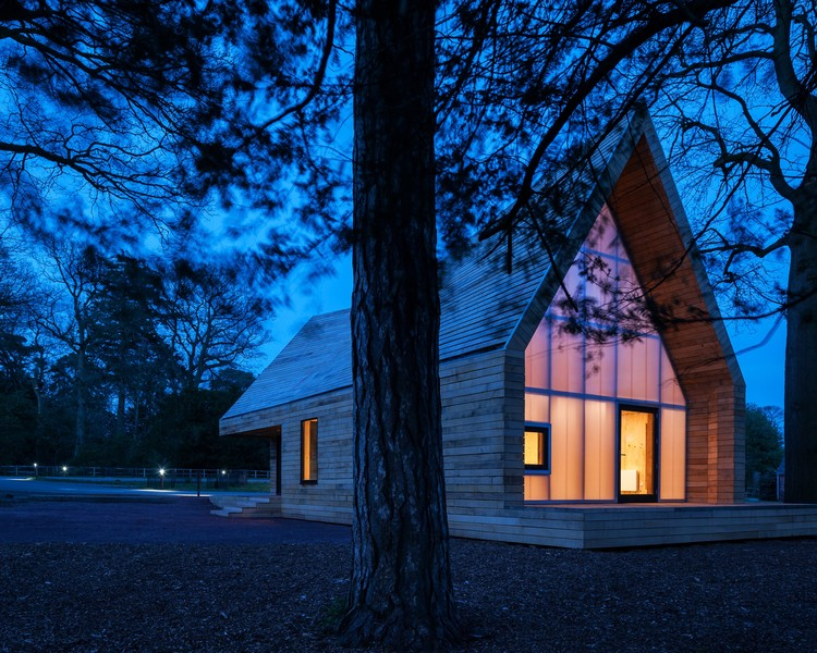 Wolfson Tree Management Centre / Invisible Studio © Andy Marshall
