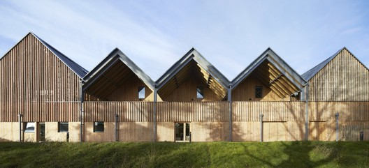 Bedales School of Art and Design Building / Feilden Clegg Bradley Studios © Hufton + Crow