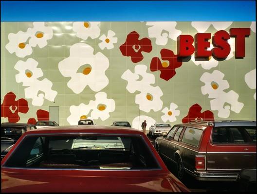 Best Products Showroom, Langhorne, Pennsylvania. Image © Tom Bernard