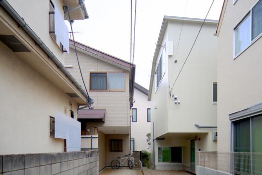 © Kazuyasu Kochi