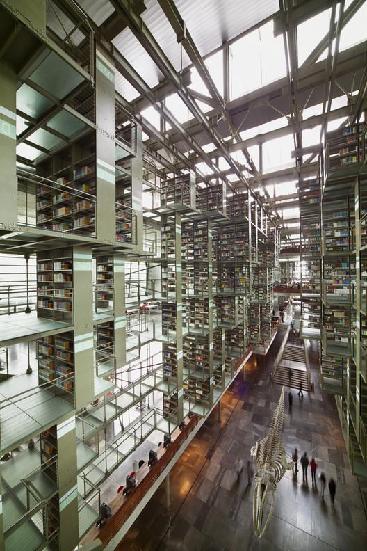 Vasconcelos Library. Image © Yoshihiro Koitani