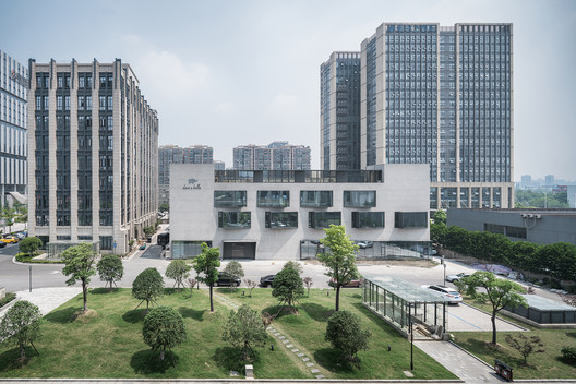 South overview. Image © Qingshan Wu