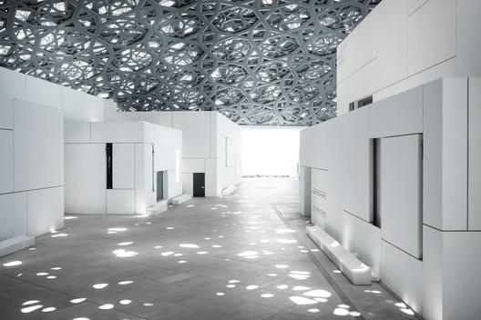 Louvre Abu Dhabi's 'rain of light'. Image © Mohamed Somji