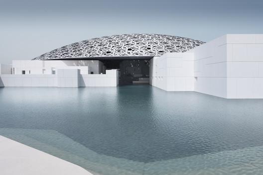 Louvre Abu Dhabi's exterior. Image © Mohamed Somji