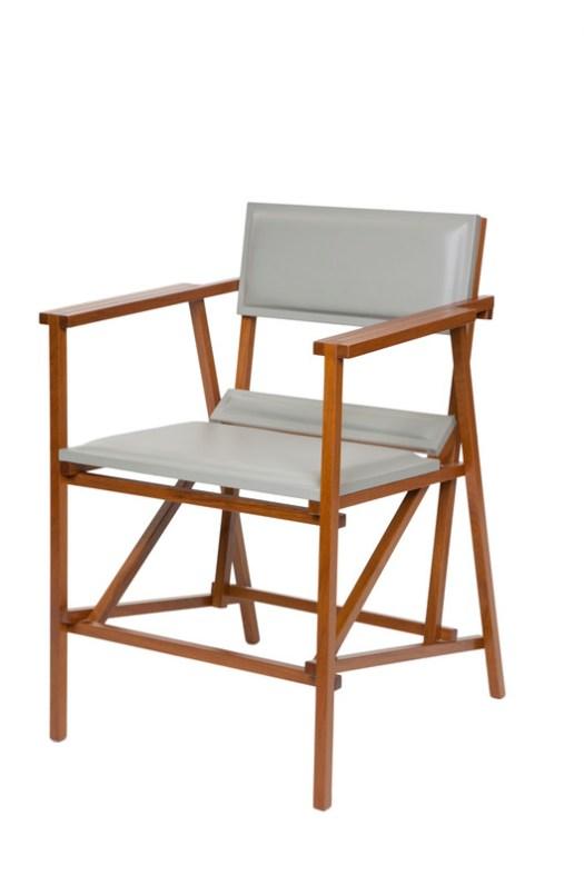 Cadeira Filó com braço_Marcenaria Baraúna. Image Cortesia de Dpot