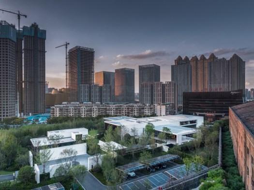 © Fan Yi, Zhang Zefeng, Huang Jinrong