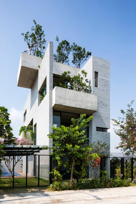Vo Trong Nghia Architects, Binh House. Image Courtesy of World Architecture Festival