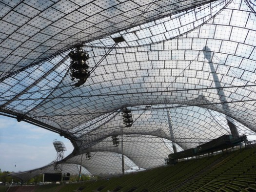 Munich Olympic Stadium / Behnisch and Partners & Frei Otto. Image <a href='https://www.flickr.com/photos/eager/17094374255/in/album-72157651280449886/'>© 準建築人手札網站 Forgemind ArchiMedia via Flickr </a> License CC BY 2.0