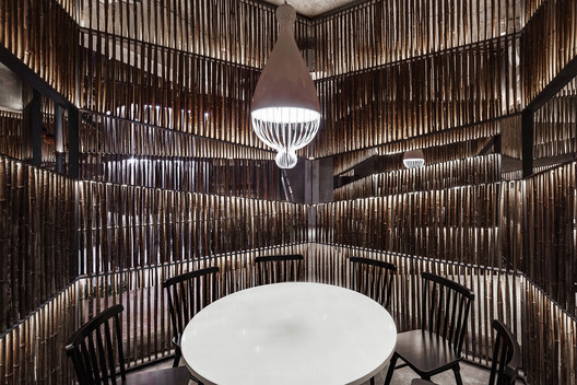 Bamboo Dining Area. Image © Quan Zhang