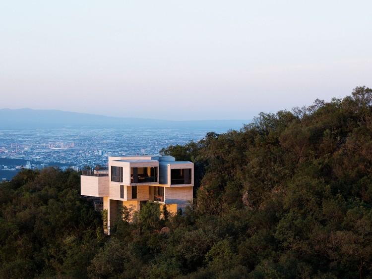 Casa Ventura, San Pedro Garza García, México, 2011. Imagen © Rory Gardiner