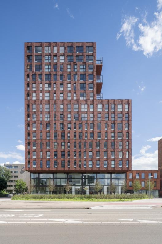De_Verkenner_Mei_OssipVanDuivenbode_9 De Verkenner Tower / Mei architects and planners Architecture