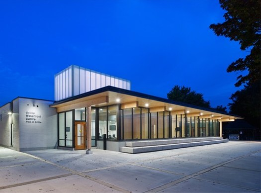Orillia Waterfront Centre (Orillia, Ontario) / Brook McIlroy Inc.. Image Courtesy of Wood Design & Building Awards