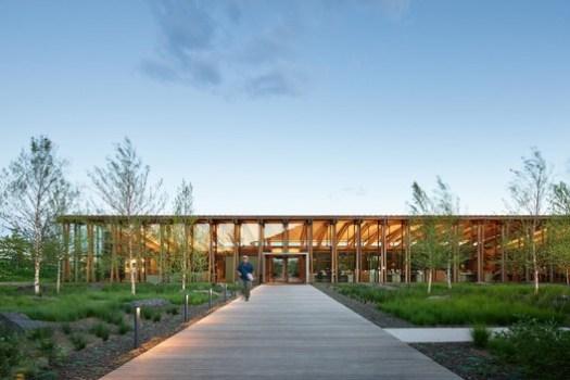 Washington Fruit & Produce Company (Yakima, Washington) / Graham Baba Architects. Image Courtesy of Wood Design & Building Awards