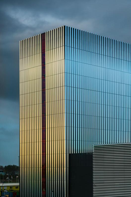 752_Datacenter_AM4_N58_a3 Datacenter AM4 / Benthem Crouwel Architects Architecture