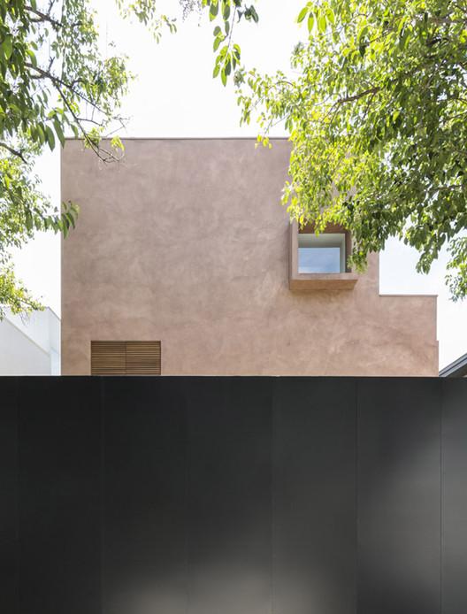 1 Pinheiros House / Felipe Hess Arquitetos Architecture