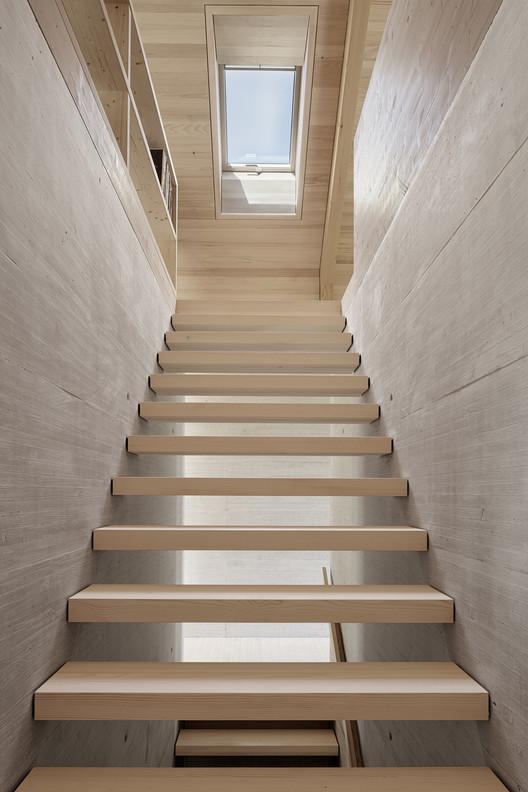 IMA_HOELLER_05_Adolf_Bereuter Höller House / Innauer-Matt Architekten Architecture