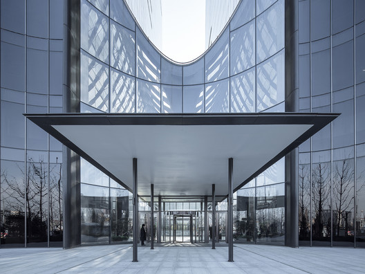 4 Chaoyang Park Plaza - Office Public Area Interiors / Supercloud Studio + MADA s.p.a.m. Architecture