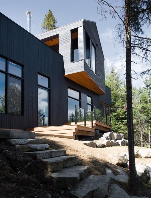 42037-main_1678-3_42037_sc_v2com De La Canardière Residence / BOOM TOWN Architecture