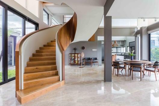 16 MERU House / A3 PROJECT Architecture