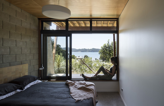 Whare_Koa___Lower_Bedroom___4_of_10 Whare Koa House / Strachan Group Architects Architecture