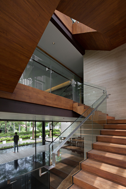 MWP_0563-Edit A Box in Disguise / Wahana Architects Architecture