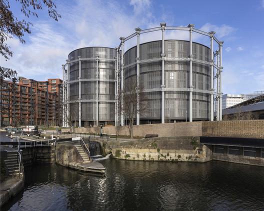 Gasholders London / WilkinsonEyre with Jonathan Tuckey Design. Image © Peter Landers